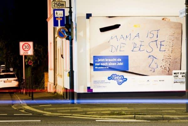Plakatkampagne zum Mother's Day des Jobcenter Bonn